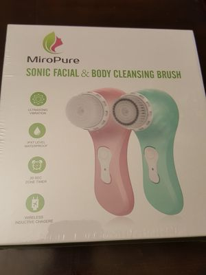 Facial cleansing brush for Sale in Philadelphia, PA