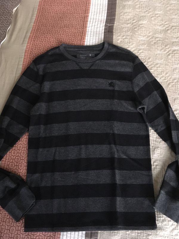 Mens Express casual sweater Size Medium