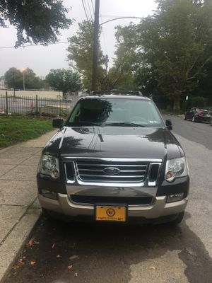 Selling 2007 Ford Explorer Eddie Bauer Edition parts cheaper then the junkyard for Sale in Philadelphia, PA