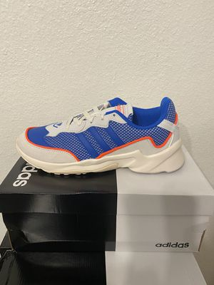Adidas Running Shoes Size 7.5 for Sale in San Antonio, TX