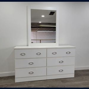 Dresser With Mirror - Comoda Con Espejo for Sale in Miami, FL