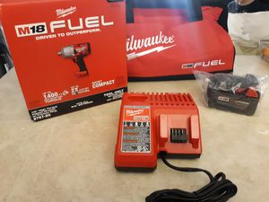 """MILWAUKEE M18 FUEL BRUSHLESS HIGH TORQUE IMPACT WRENCH 1/2"""" WITH BATTERY 6.0AH, CHARGER AND BAG. NEW. NUEVO for Sale in Atlanta, GA"""