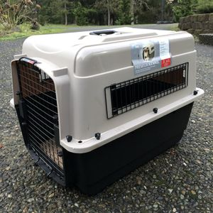 Dog Kennel for Sale in Redmond, WA
