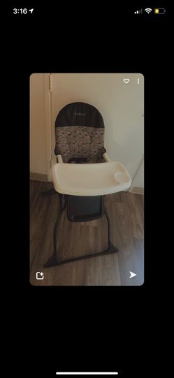 Cosco High Chair  for Sale in Lynnwood, WA