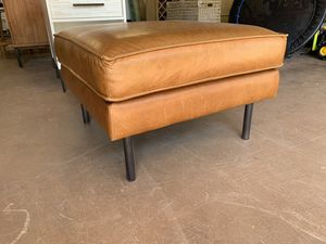 West Elm Leather Ottoman for Sale in Laguna Niguel, CA