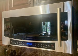 Samsung Microwave for Sale in Lake Worth, FL