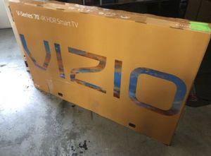 "70"" VIZIO V705-G3 4K UHD HDR LED SMART TV 2160P (FREE DELIVERY) for Sale in Tacoma, WA"