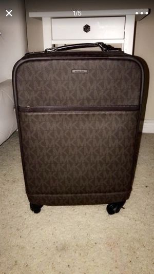 Mk rolling luggage & toiletry bag for Sale in Anaheim, CA