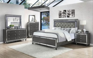 Queen Bedroom Set for Sale in Federal Way,  WA