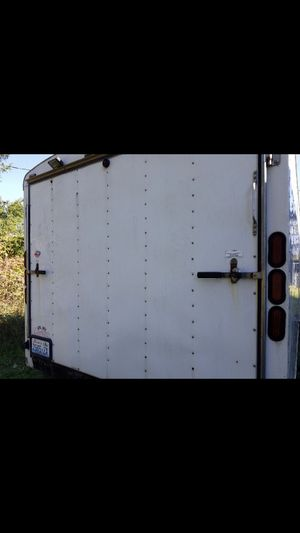 Cargo Mate 2005 24 foot enclosed snowmobile trailer for Sale in Mountlake Terrace, WA