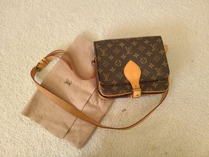 LV Vintage 100% Auth Louis Vuitton Shoulder Bag Cartouchiere GM M51252 Browns Monogram for Sale in Hayward, CA