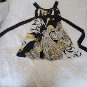 Dress! Black, Yellow, and White design. Size Medium. MAKE AN OFFER! for Sale in Hallandale Beach, FL