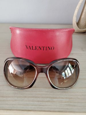 Valentino sunglasses for Sale in Utica, MI