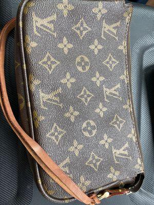 LV Monogram Pochette Handbag for Sale in Hightstown, NJ