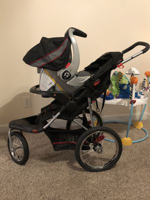 Baby trend 2 in 1 car seat for Sale in Fayetteville, NC