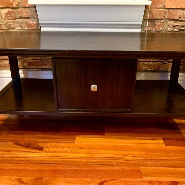 Wide Rectangle Rustic Coffee Table In Tobacco Brown With Storage