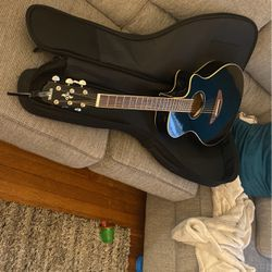 Yamaha Apx600 Acoustic Guitar for Sale in Milton,  MA