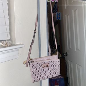 Pink Guess Purse for Sale in Pearland, TX