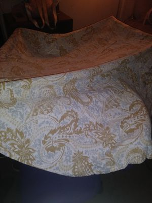 Round Table Cover $5 for Sale in Fullerton, CA