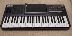 Akai Synthstation 49 key midi keyboard for Sale in Atlanta, GA