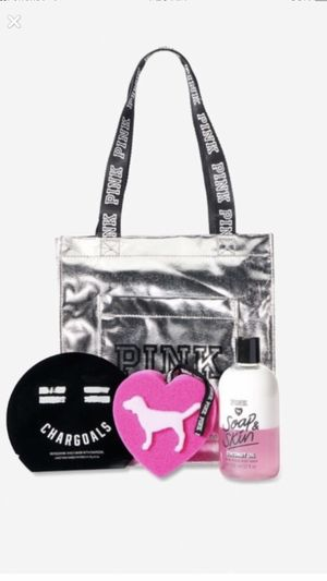 New Pink Bag and beauty set for Sale in Reno, NV