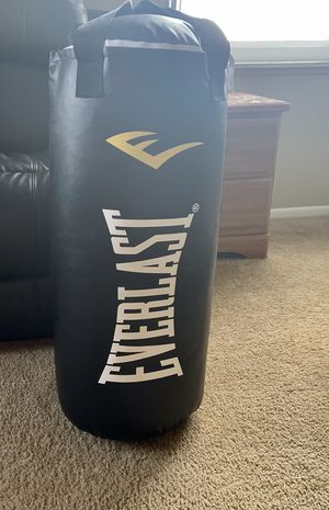 Punching bag for Sale in Cleveland, OH