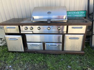 Outdoor Gourmet by Weber massive grill with cover -WORKS for Sale in Fort Worth, TX
