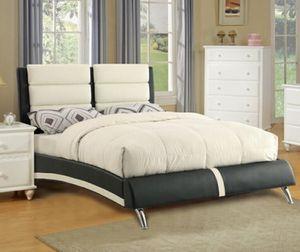 Queen platform bed for Sale in Walnut, CA