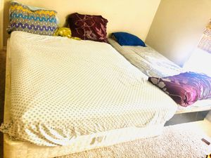 Serta Queen mattress 50$ n base 50$ . Together 80$ for Sale in McLean, VA