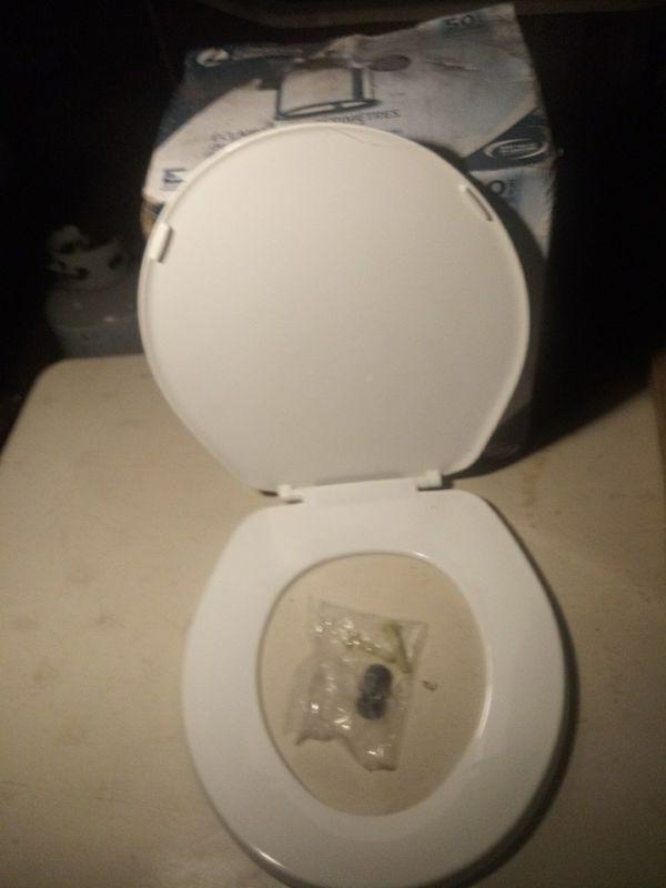 Bemis toilet seats
