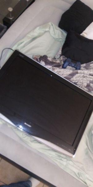 32in Sharp flat screen for Sale in Las Vegas, NV