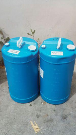 15 gallon heavy duty plastic drum $19 each for Sale in Rosemead, CA