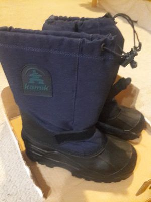 Kids Kamik snow boots size 5 new in box for Sale in San Diego, CA
