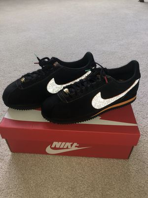 Nike Cortez (Size 9.5 Brand New) for Sale in Shelby Charter Township, MI