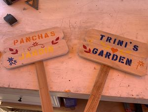Handmade garden signs for Sale in Madera, CA
