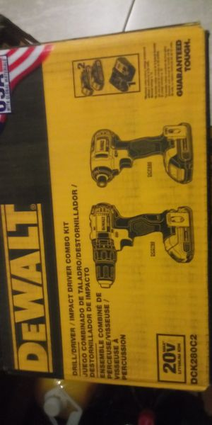 Dewalt combo 20v for Sale in Woodbridge, VA