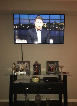 Smart TV 60' for Sale in Gaithersburg, MD