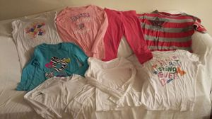 8 PIECES OF CLOTHING KID SZ 10 for Sale in Clinton, MD