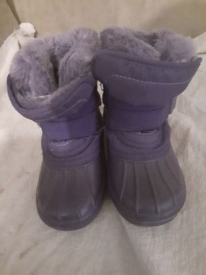 7/8 kids snow boots for Sale in Aurora, CO