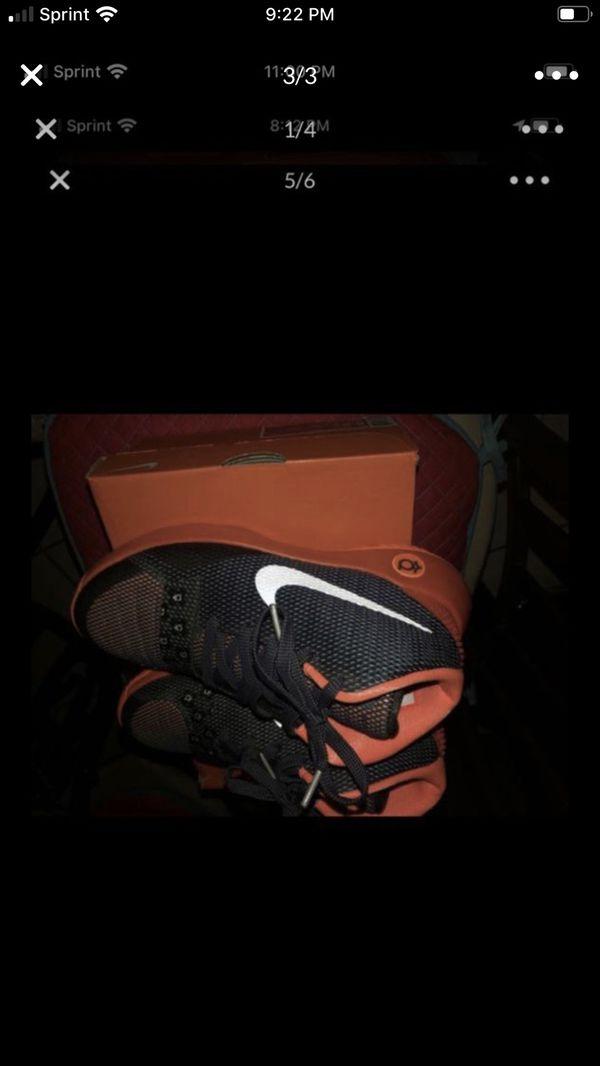 Nike size 5.5 $40 Kevin Duran