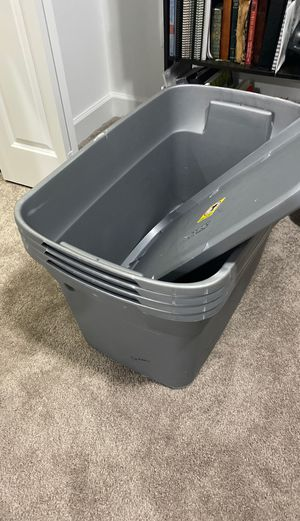 4 storage Containers 2 only have lids for Sale in Lauderdale Lakes, FL