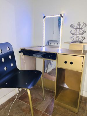 Vanity with LED lights for Sale in Riverside, CA
