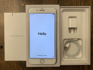 iPhone 8 Plus 64GB Silver unlocked for Sale in Kissimmee, FL