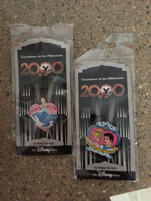 COLLECTABLE DISNEY PINS - PIN TRADING COLLECTABLE CINDERELLA PINS $10 (2 Pins) for Sale in Everett, WA
