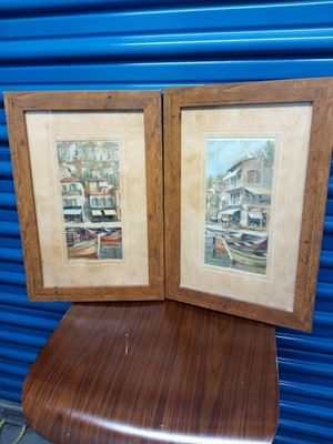 2 decor frames for Sale in Chicago, IL