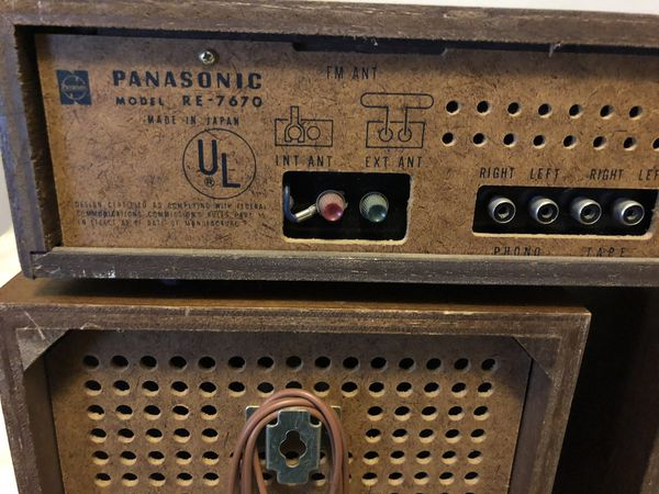 Vintage AM/FM Stereo Receiver- Panasonic RE-7670 - W/Original Speakers - Tested