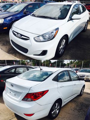 2014 HYUNDAI ACCENT CLEAN TITLE LOW DOWN for Sale in Bellaire, TX