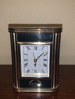 Gold and Black Clock for Sale in Los Angeles,  CA