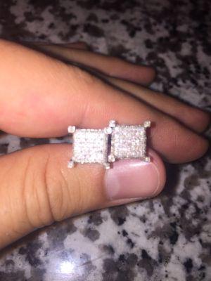 1.02 carat men's diamond earrings - ice cubes for Sale in Denver, CO