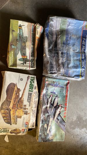 Old collectible toy model kits for Sale in Gurnee, IL